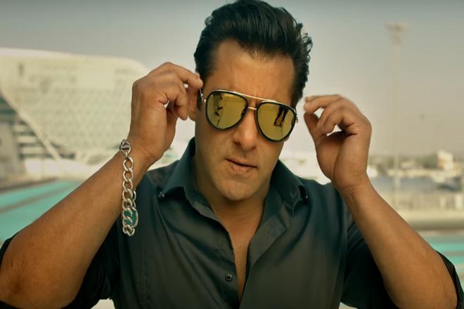 Salman-Khan-Turns-Distributors-Race-3